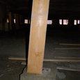 115 柱と基礎石とのズレ