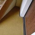 503-3 床の隙間 モルタル壁亀裂