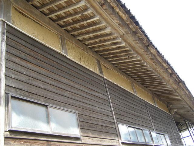 130 プラスター塗り崩落 9.6㎡ 外壁損壊 瓦ズレ