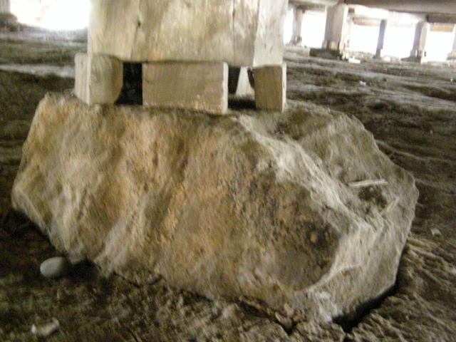 147 基礎沈下 柱脚損壊