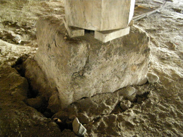 164 基礎沈下 柱脚損壊