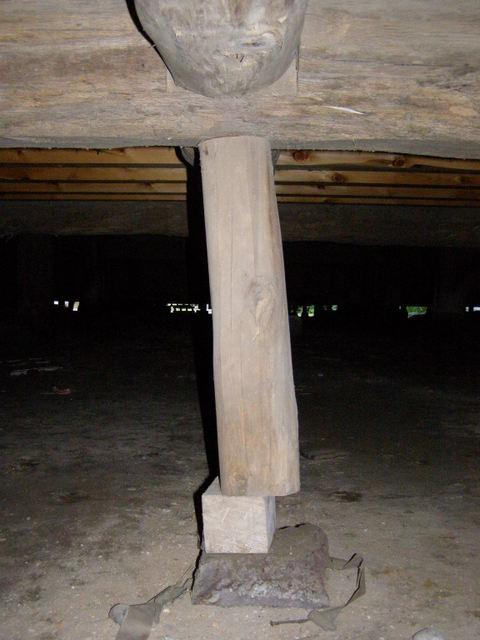 166 柱と基礎石とのズレ