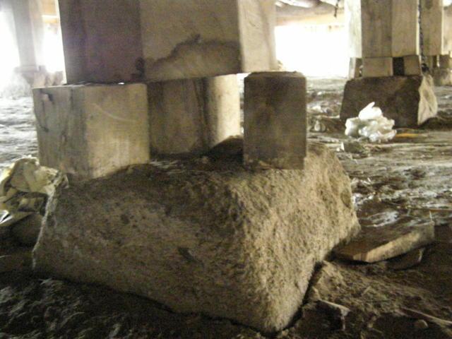 169 基礎沈下 柱脚損壊