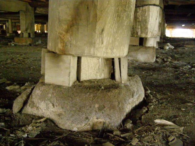 171 基礎沈下 柱脚損壊