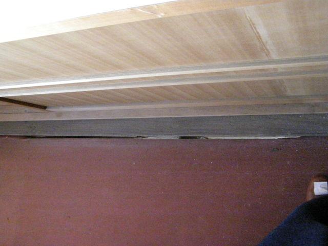 519-2 床の隙間