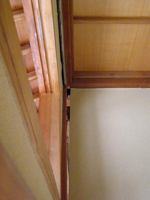 622-1 内壁・天井隙間