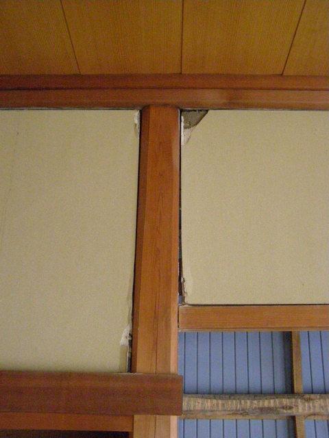 633-2 内壁破損 柱・内壁隙間